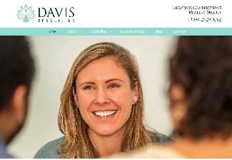 screenshot of davis counseling's website